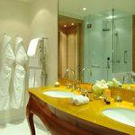 Thiết kế nội thất cổ điển cực kỳ sang trọng cho phòng tắm